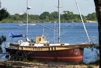 Внешний вид парусной яхты Санта