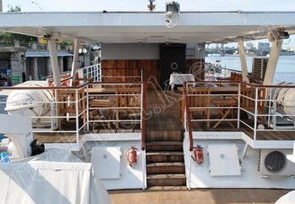 Салон второй палубы теплохода Серебряный Бриз, фото 1