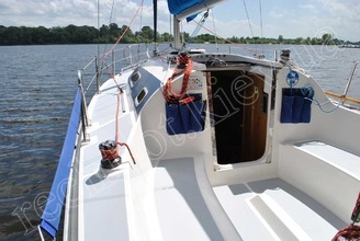 На кокпите парусной яхты JANMOR