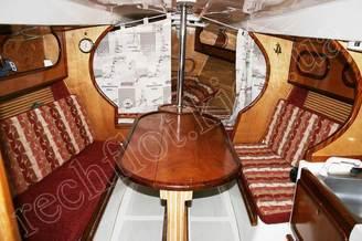 Кают-компания парусной яхты Дельта