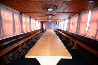 Салон второй палубы теплохода Резон, фото 1