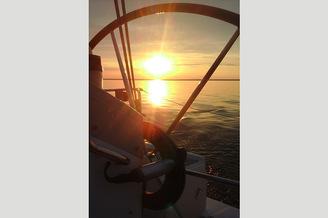 Закат на парусной яхте HANSE-320 Sorry