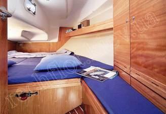 Носовая каюта парусной яхта Бавария-30 Касабланка, фото 2