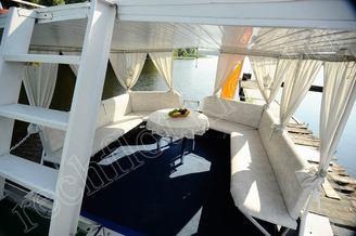Салон летней террасы теплохода Командор, фото 4