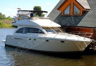 Внешний вид моторной яхты Меридиан-411