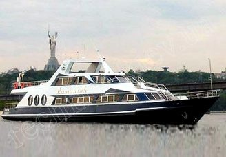 Внешний вид моторной яхты Романтик
