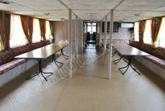 Кормовой салон на 1-ой палубе на 50 банкетных мест