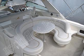 Кормовой летний салон моторной яхты Бим-Бом