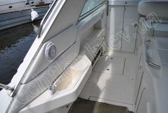 Корма моторной яхты Бим-Бом