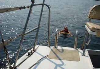 Корма парусной яхты Лана