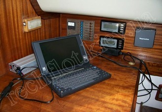 Оборудование кают-компании парусной яхты Лора