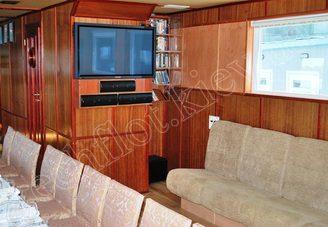 Салон первой палубы теплохода Серебряный Бриз, фото 3