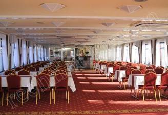Салон средней палубы теплохода Lux лайнер, фото 4
