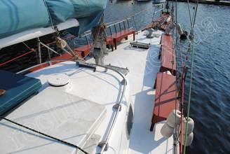 Носовая часть парусной яхты Норд