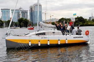 Гости на борту яхты Александра
