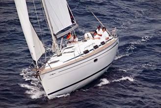 Внешний вид парусной яхты Бавария-33 Александер, фото 2