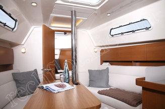 Каюта премиум-класса парусной яхты HANSE-325 Impreza