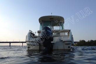 Вид на кормовую часть катера Жено-625