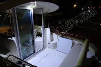 На корме катера Жено-625