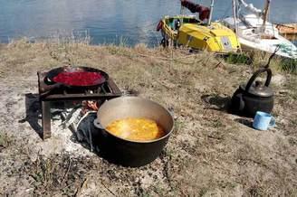Готовим обед в турпоходе Salo-Мандры