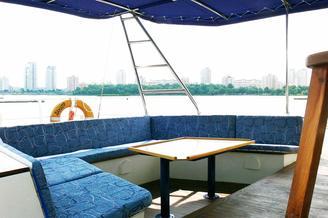 Кокпит парусной яхты Данапр