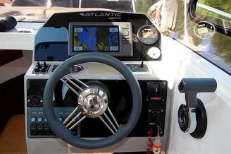 Штурвал катера Атлантик-660