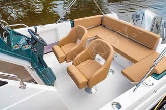 Кресла на катере Атлантик-750