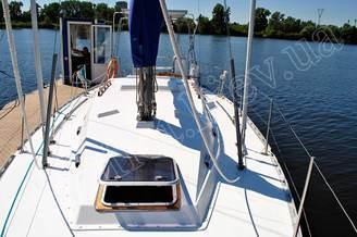 Палуба парусной яхты Лана
