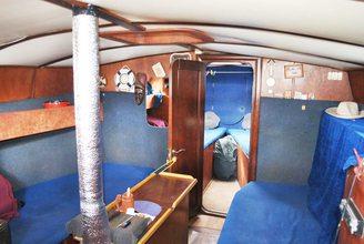 Салон парусной яхты Яна