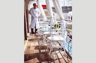 Летняя терраса на лайнере De Luxe
