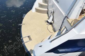 Платформа для купания моторной яхты Одиссея